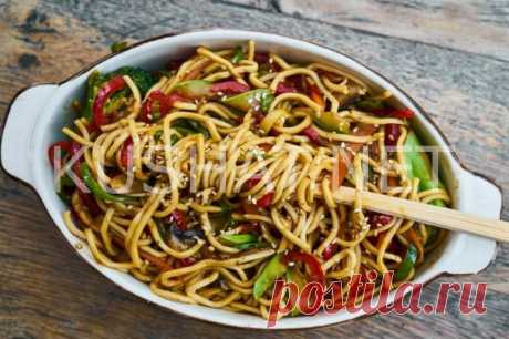 Спагетти с овощами и соевым соусом. Рецепт с фото • Кушать нет