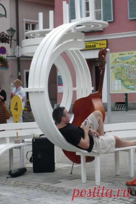 Когда скамейка - арт-объект