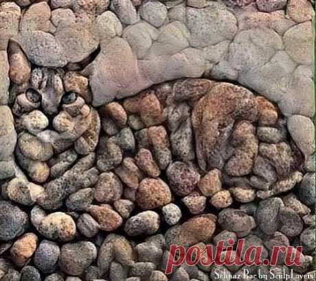Оцените творчество из камней. Продолжение ниже...