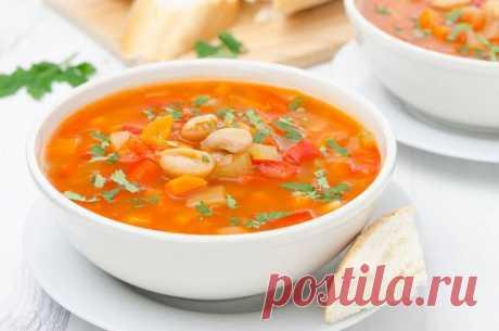 Постный суп из консервированной фасоли