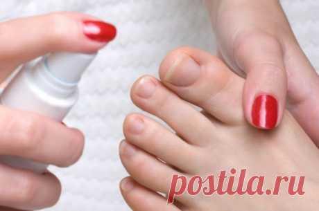 Как убрать кутикулу в домашних условиях - Про грибок ногтей Далеко не все уделяют должное внимание здоровью и красоте ногтевых пластин. Бывают случаи, когда человек не только не задумывается о своевременных гигиенических процедурах, но и не обращает внимания на изменение формы, цвета ногтя. Такое пренебрежительное отношение к своему здоровью может привести к развитию такого заболевания, как онихомикоз или грибок ногтевой пластины.