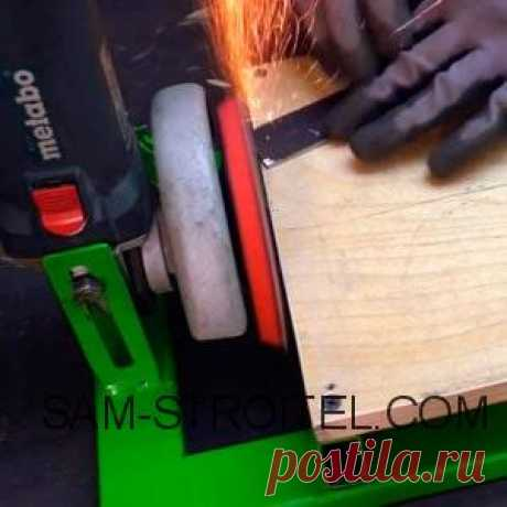 Простой шлифовальный станок из болгарки своими руками Самодельный шлифовальный станок сделанный из болгарки, подробное описание изготовления станка с пошаговыми фото.