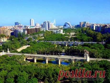 Восхитительный городской парк Турия в Валенсии (Испания)