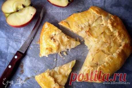 Яблочно-луковая галета, рецепт с ингредиентами: яблоки, мука, лук репчатый