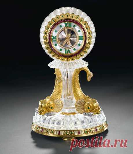 Настольные часы ювелирной компании Patek Philippe S.A.