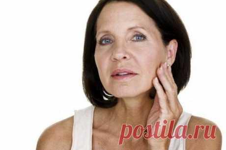 Процедуры для восстановления упругости кожи шеи.