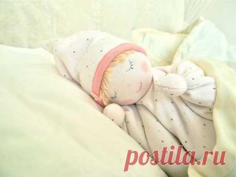Грелка-куколка с вишневыми косточками