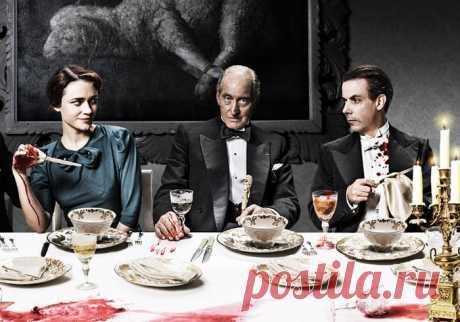 7 английских детективов, которые стоит посмотреть Британские детективы давно стали образцом качества, а Шерлок Холмс и мисс Марпл — одними из самых ярких героев жанра. Редакция бесплатного онлайн-кинотеатра ShowJet собрала 7 сериалов туманного Альбиона, которые стоит посмотреть.  1. «И никого не стало»   Начнём с самой популярной английской писательницы Агаты Кристи, которую ещё называют «матерью детективов». «И никого не стало» — экранизация известного романа Кристи «...