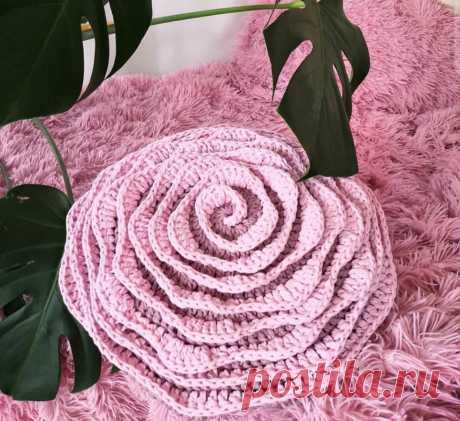 Как связать подушку цветок крючком