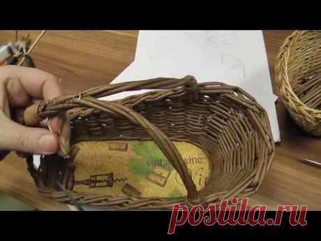 Необычная ручка для необычной корзины. Плетение из газетных трубочек