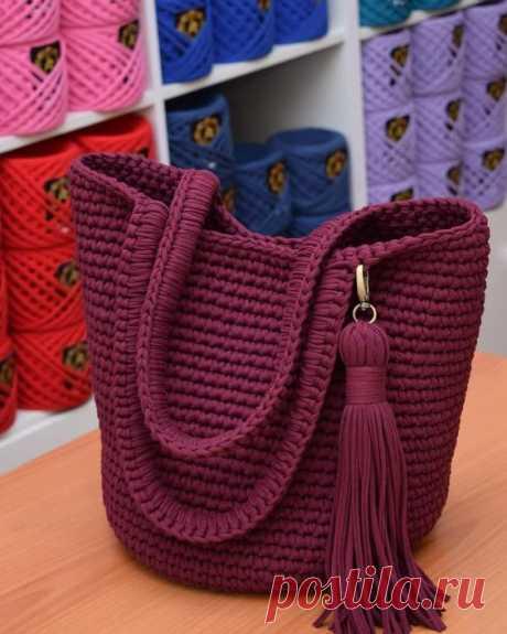 Благородный бордовый цвет в модели сумки шоппера смотрится еще краше Трикотажная пряжа @altyn_nitka 340гр 100м толщина 7 9 мм 1850 тг за моток Видео мастер класс тоже есть 👍 – Artofit
