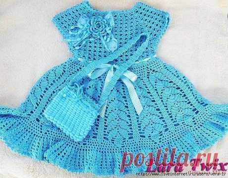 Изумительной красоты платье