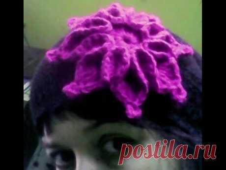 Flower on a cap, a hook. Master class.