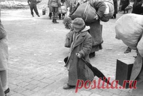 30 снимков великого фотографа Анри Картье-Брессона