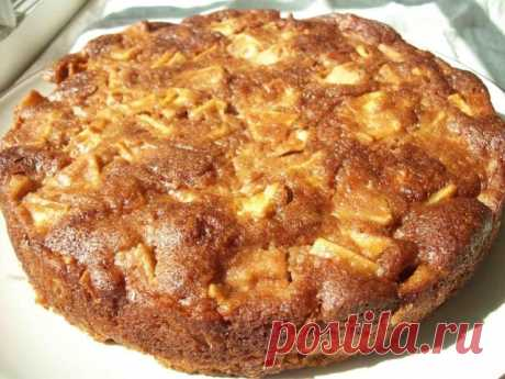 Медовый пирог с яблоками, понравится всем членам семьи 😜 | OK.RU