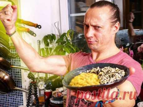 «3 продукта, 20 минут»: как приготовить из кабачков и риса вкусный ужин, рассказал Емельяненко В блюде можно использовать вчерашний готовый рис.
