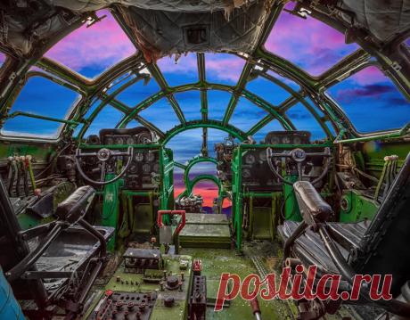 Легендарные советские самолеты на снимках с необычной стороны: Фото: Оружие: Наука и техника: Lenta.ru