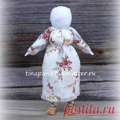 Мастерим из ткани очень красивую народную куклу «Рябинка»