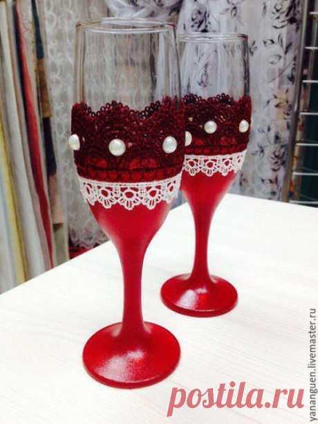 Купить Свадебные бокалы - свадебные бокалы, с лепестками, с кружевом, кружево, лепестки