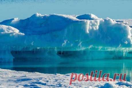 Гренландия потеряла рекордные 532 миллиарда тонн льда Гренландский ледяной щит в 2019 году потерял 532 миллиарда тонн льда, что стало рекордным показателем за все время наблюдений. Из-за таяния в Мировой океан каждую секунду поступает дополнительные 3 миллиона тонн (шесть олимпийских бассейнов) воды, сообщаетScience Alert.В данный момент...