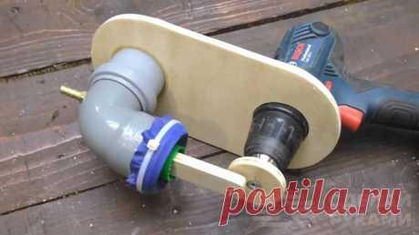 Мини компрессор из пластиковых труб и шуруповерта Из кусков пластиковых канализационных труб и шуруповерта, который выступает в качестве электропривода, можно сделать своими руками мини компрессор для