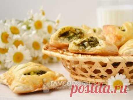 Проверенный рецепт приготовления пирожков с черемшой и яйцом, шаг за шагом с фотографиями.