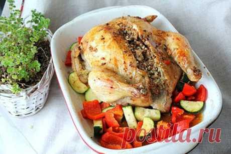 Курица, фаршированная гречкой - рецепт с пошаговыми фото | Меню недели
