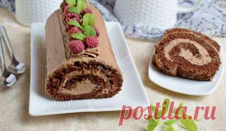 Вкусная выпечка для домашнего чаепития: готовим шоколадный рулет с творожным кремом | Noteru.com