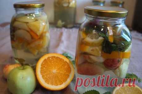 Компот Мохито из яблок на зиму с мятой, лимоном и апельсином Вкусный компот Яблочный Мохито с лимоном, апельсином и мятой приготовленный в домашних условиях. Простой рецепт Мохито из яблок на зиму.