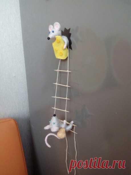 """Магнитики """"Мышки-воришки"""""""