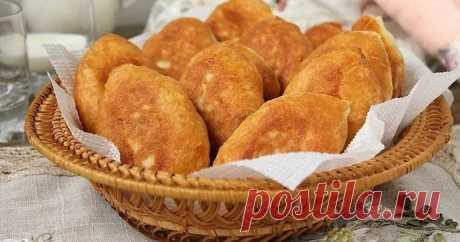 Пирожки с картошкой из необычного творожного теста.