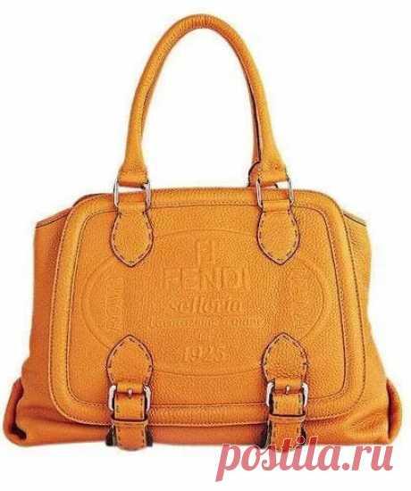 12 самых дорогих брендов сумок в мире - Fendi