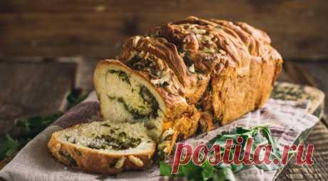 Ароматный хлеб с чесноком и травами