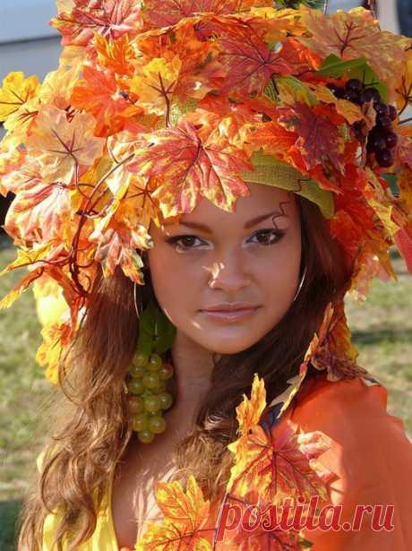 Плейкаст «Женщина-осень...»