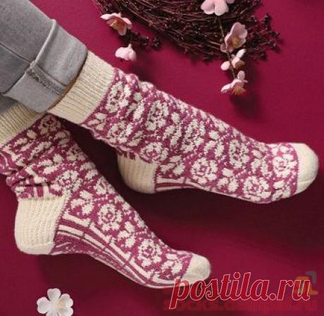Вязаные носки «Emerging Roses»   ВЯЗАНЫЕ НОСКИ