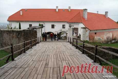Дворцы и замки Украины: Замок Паланок | Тысяча и одна идея