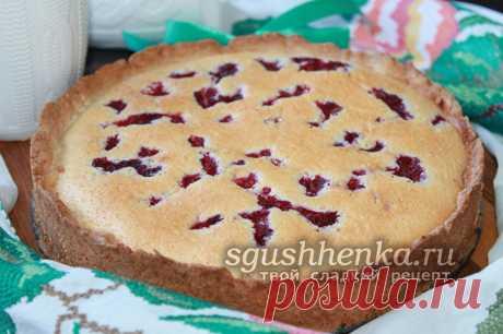 Песочный пирог с малиной и сметанной заливкой, рецепт с фото