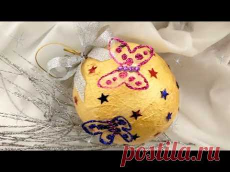 Новогодний золотой шарик с бабочками с нуля из бросового материала. DIY/рукоделие