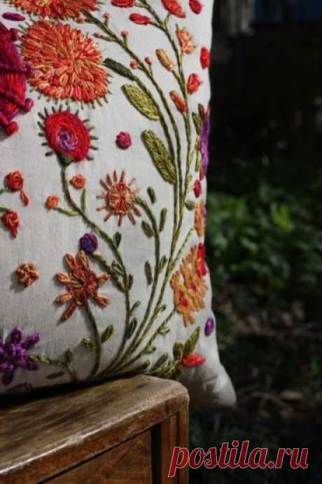 Подушки с вышивкой идеи фото | Калейдоскоп Рукоделия