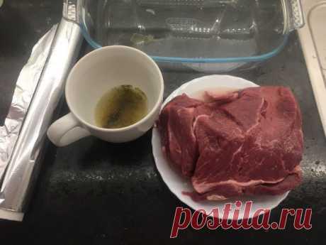 Говядина в духовке (очень мягкая, но не рассыпчатая, режется идеально) — Кулинарная книга - рецепты с фото