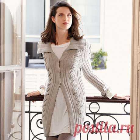 Кардиган с завитой косой и широким воротником до 56 размера спицами – схема и описание вязания — Пошивчик одежды