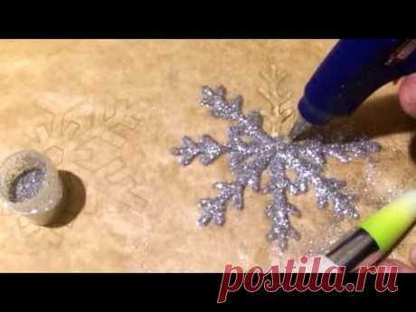 Snowflakes from thermoglue How to decorate a dress with New Year the hands Samodelkina's DIY