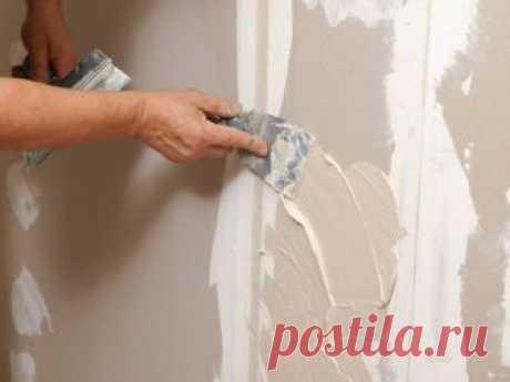 La reconstitución de los daños en gipsokartonnoy a la pared