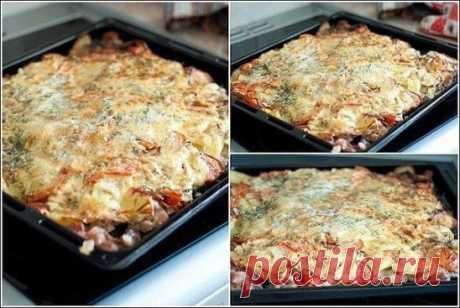 """Мясо """"под шубой""""  Ингредиенты: свинина - 1 кг (если не любите свинину, то можно взять 2 куриных грудки) помидоры - 2-3 шт. репчатый лук - 3 шт. картофель - 3-4 шт. чеснок - 4-5 зуб. сыр - 200-250 гр. зелень соль майонез  Приготовление: 1. Обмыть мясо, обсушить, нарезать ломтиками (каждый ломтик по вкусу посолить, поперчить). 2. Картофель натереть на крупной терке. 3. Лук порезать кольцами. 4. Помидоры порезать полукольцами и обвалять их в майонезе . 5. Сыр натереть на крупной терке. 6."""