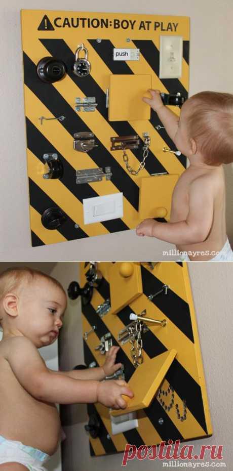Тренировочная доска для детей от 2 лет. Правильное воспитание. Ребенок учится отрывать и закрывать всевозможные замки.