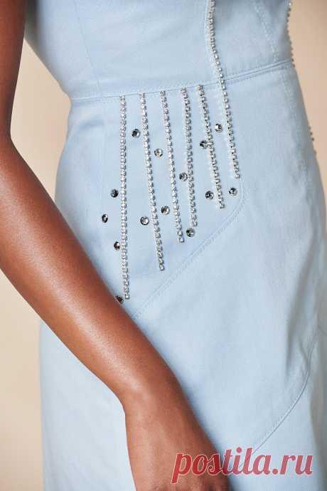 В плену блеска: как декорировать платье цепочками со стразами - Сам себе мастер - медиаплатформа МирТесен