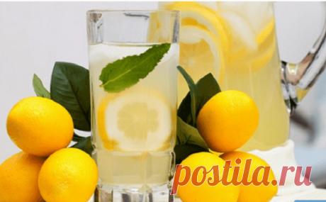 Пейте лимонную воду вместо таблеток, если вы столкнулись с одной из этих 13 проблем со здоровьем! Помогает укрепить иммунитет, избавиться от камней в почках и многое другое! Стакан...