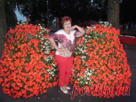 Лариса Ушанова