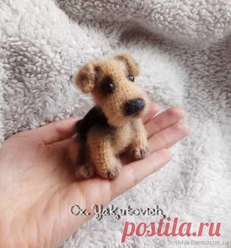 PDF Эрдельтерьер. FREE amigurumi crochet pattern. Бесплатный мастер-класс, схема описание для вязания амигуруми крючком. Игрушки своими руками! Собака, собачка, пёс, dog, puppy, cachorro, perro, cachorrinho, chien, hund, welpe, 子犬, 犬, pies. #амигуруми #amigurumi #amigurumidoll #amigurumipattern #freepattern #freecrochetpatterns #crochetpattern #crochetdoll #crochettutorial #patternsforcrochet #вязание #вязаниекрючком #handmadedoll #рукоделие #ручнаяработа #pattern #tutorial #häkeln #amigurumis