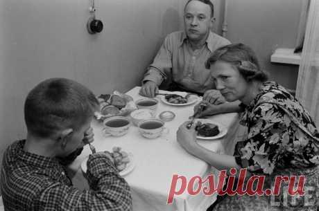 Как должна вести быт советская женщина. Из книги 1957 года   Возьми на заметку   Яндекс Дзен